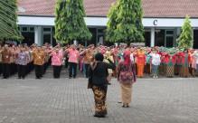 Upacara dalam rangka peringatan Hari Kartini